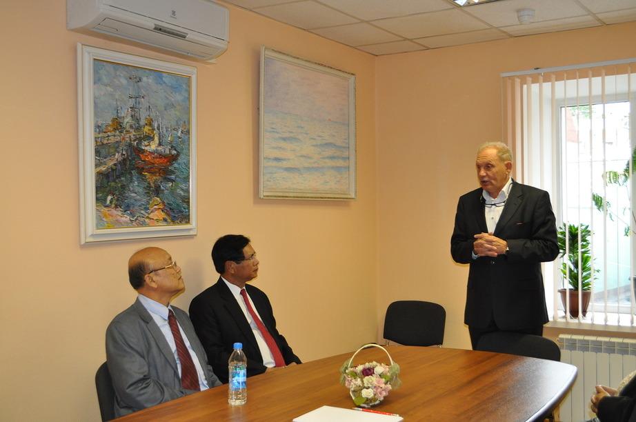 Делегация посетила офис компании «МК-ЦБ»